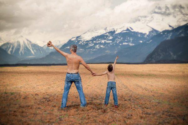 Az igazi férfi más gyermekét neveli